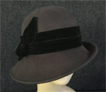 Chocolate Cloche w/Black Velour Ribbon